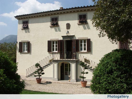 Luxury Tuscan Wedding Villa near Lucca